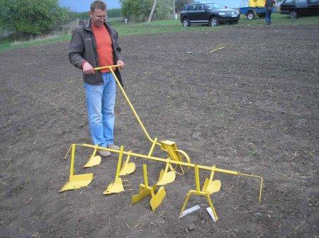 Огородный инструмент для прополки своими руками